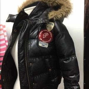 Reversible Victoria Secret Puffer Coat Very Nice !
